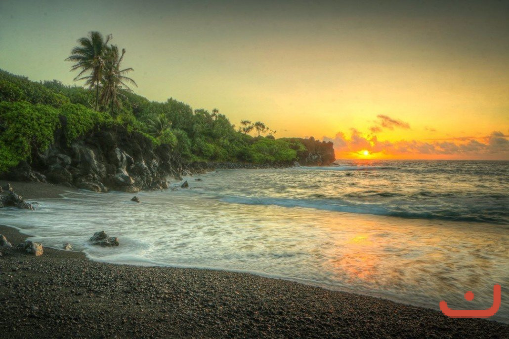 black-sand-beach-sunrise-1030x687